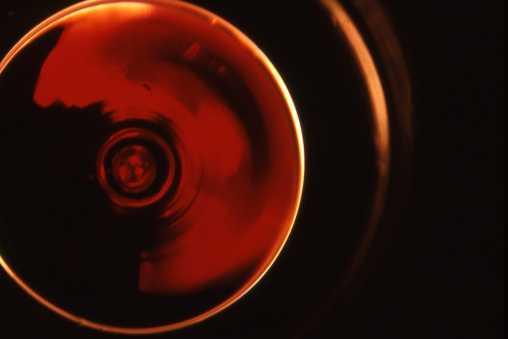 Rotweinreflexion Rauter komprimiert